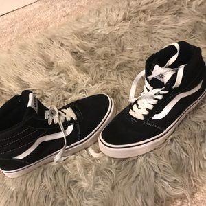 ⚡️BRAND NEW⚡️ Men's Vans Sneaker